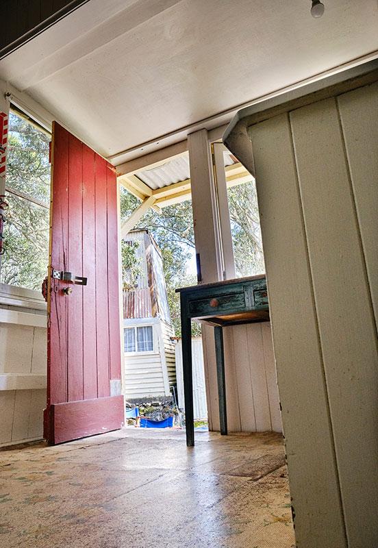 Bach 114 back door